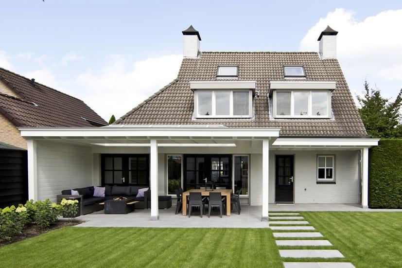 Houten-veranda-wit-met-klossen-06