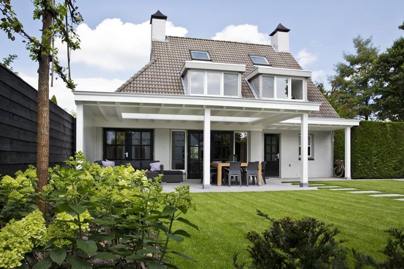 Houten-veranda-wit-met-klossen-161