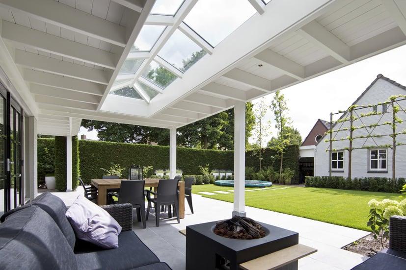 Houten-veranda-wit-met-klossen-29