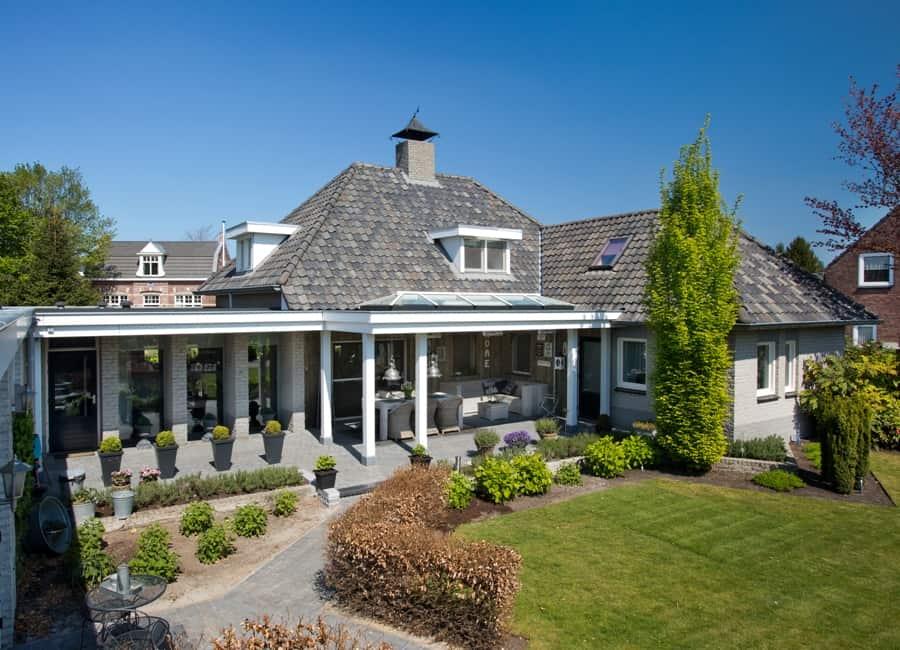 Klassieke-veranda-mooi-geintegreerd-woning